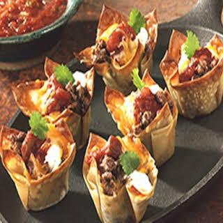 Mini Wonton Tacos.