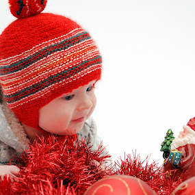 Who are you? by Nadezda Tarasova - Babies & Children Babies ( red, christmas, decorations, baby boy, portrait )