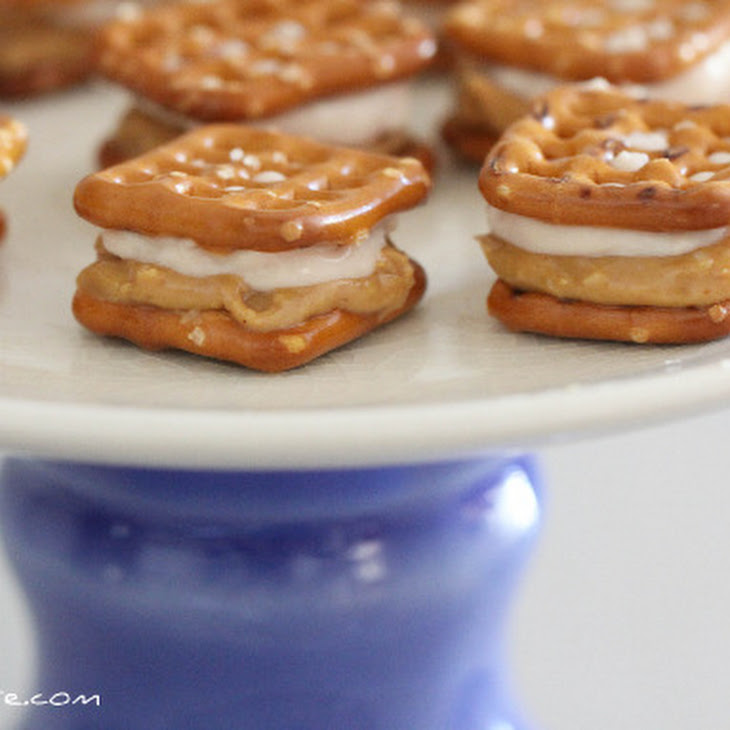 Sweet Peanut Butter and Creamy Jelly Pretzel-Wiches Recipe