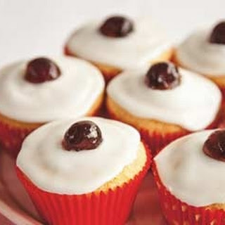 Gluten Free Almond And Cherry Cupcakes.