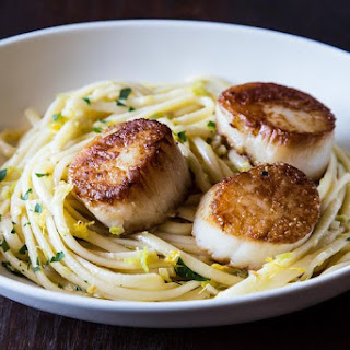 Simple Pasta with Leeks and Scallops.