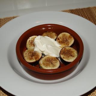 Spanish Recipes – Figs with Honey & Cinnamon