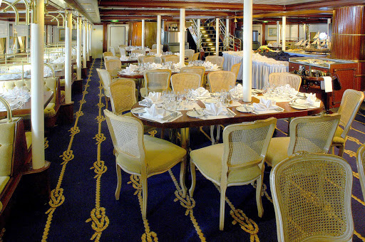 Star-Clippers-dining-room-2 - A glimpse of the dining room during your Star Clippers sailing.