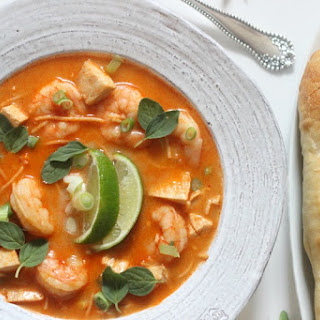 Laksa (Coconut Curry Soup with Shrimp and Chicken)