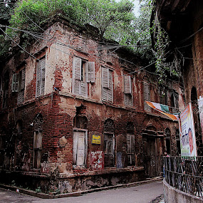 by Shubhra Sau - Buildings & Architecture Decaying & Abandoned