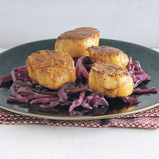 Spiced Scallops with Balsamic-Braised Red Cabbage