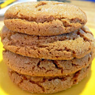 Crackle Top Molasses Cookies.