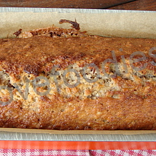 Moist Banana & Walnut Loaf-Pound Cake.