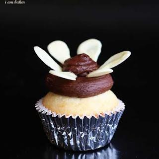 White Chocolate Vanilla Cupcakes.