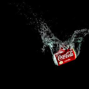 Splish Splash Coke by Daniel Craig Johnson - Food & Drink Alcohol & Drinks ( coke, refreshment, drink, advertisement, spalsh,  )