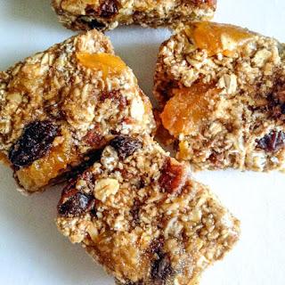 Vegan Apricot Pecan Granola Bars
