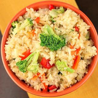 Crock Pot Chicken Flavored Rice and Veggies.