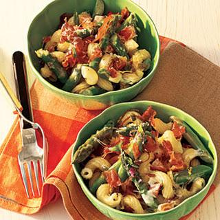Black Pepper Pasta Salad with Prosciutto, Asparagus, and Romano