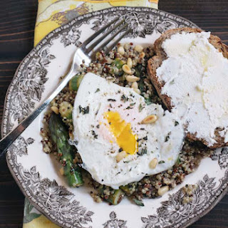 Quinoa with Asparagus and a Fried Egg.