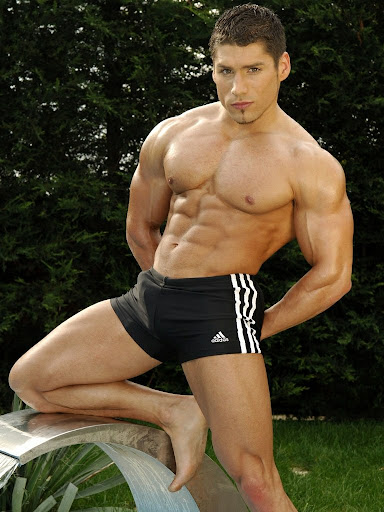 Latin muscle porn