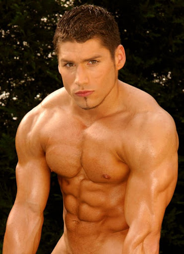 Latin musclemen