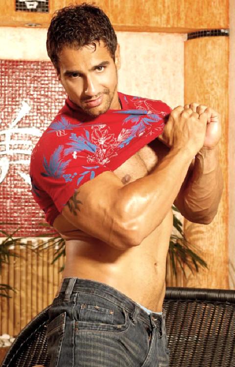 Latin Musclemen 43