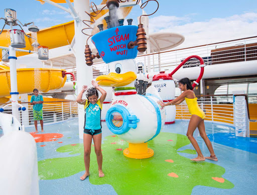 Disney-Magic-splash-zone - Kids can keep cool and have some splashy fun in the water-themed splash zone on deck 9 of Disney Magic.