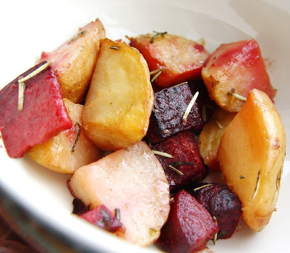 Marinated Herbed Baked Potatoes, Beets and Carrots