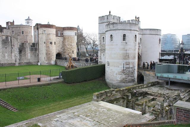 Vstupní brána do londýnského Toweru.