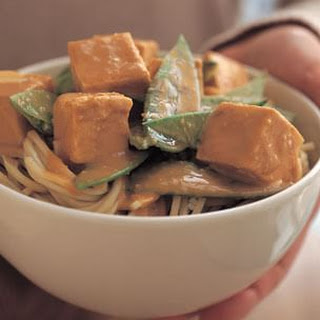 Peanut-Braised Tofu with Noodles