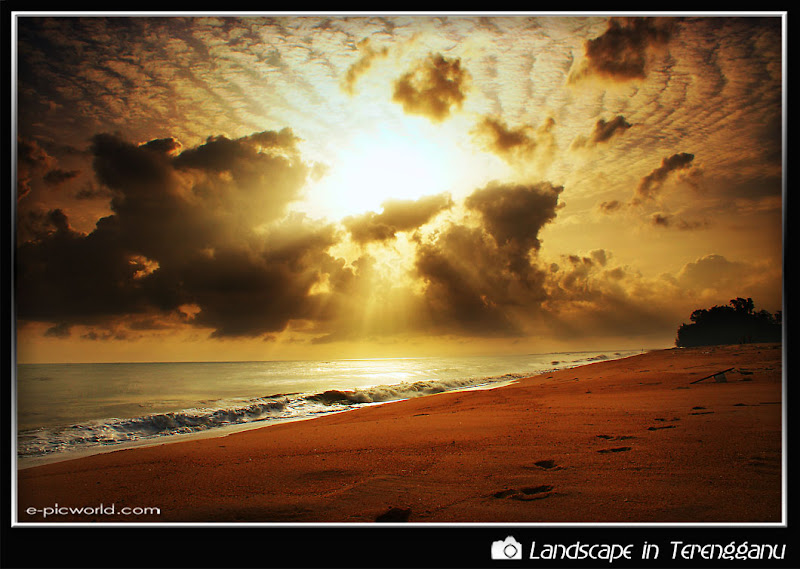 sunrise at tok jembal beach picture