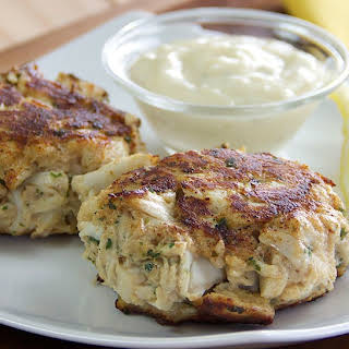 Classic OLD BAY® Crab Cakes.