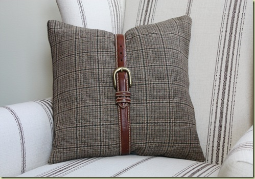 Pillows 037