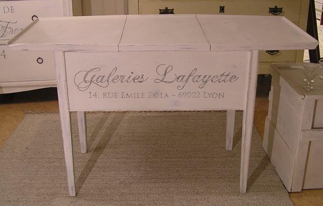 [Sybord soffbord Galeries Lafayeet med iläggsskiva framifrån[3].jpg]