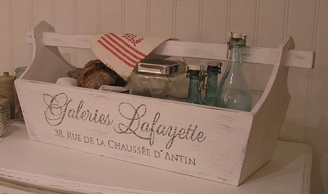 [Trälåda Galeries Lafayette[4].jpg]