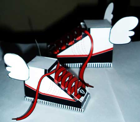 Flying Shoes Papercraft
