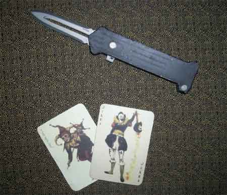 Joker Cupid Switchblade Knife Papercraft