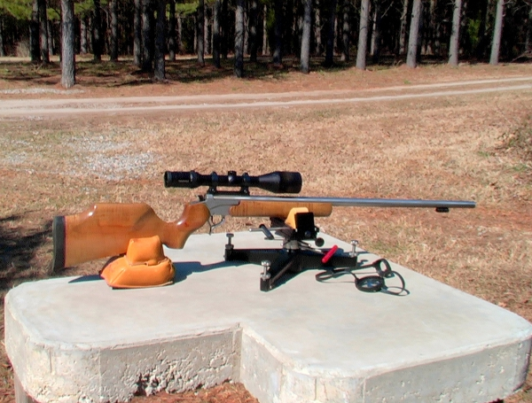 Custom Smokeless Muzzleloader - Thompson Center Encore®