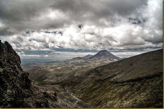 HDR view of Mount Ngauruhoe from Ruapehu