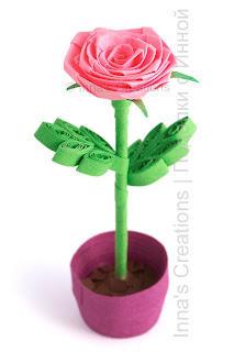 Rose in flower pot. Quilling