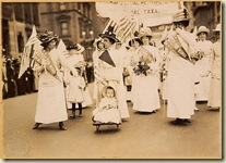 Suffrage_parade-New_York_City-May_6_1912