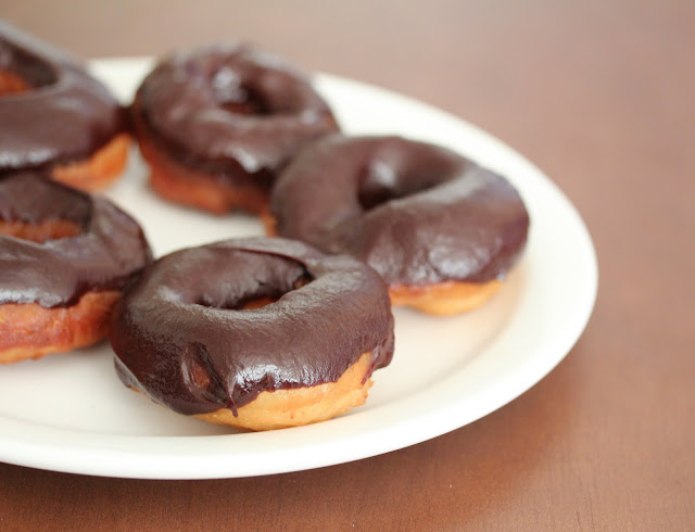Alton Brown's Yeast Donuts
