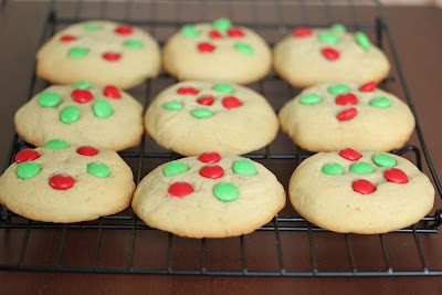 photo of the cookies on a baking rack
