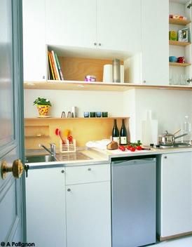 Tiny-Ass Apartment: Bonjour, Elle Décoration!