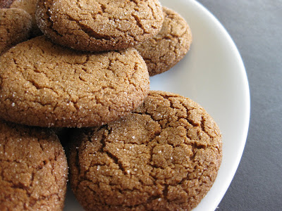 close-up photo of ginger snaps