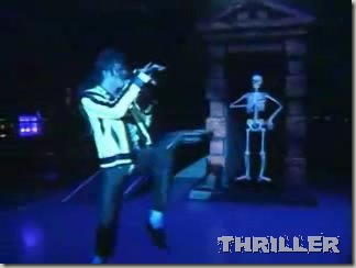 Michael Jackson - Thriller (live in Bucharest)-23