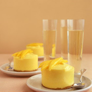 Frozen Mango-Cream Cakes.