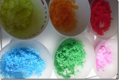 Come colorare il sale, dai gessetti alle tempere | Pourfemme