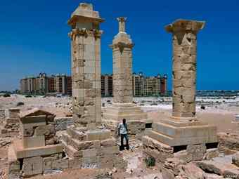 2,000-year-old city rises again