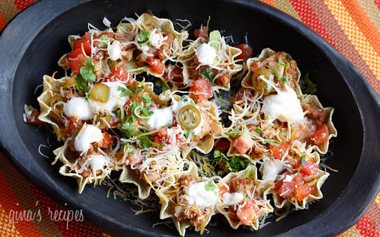 Skinny Loaded Nachos with Turkey, Beans and Cheese ...