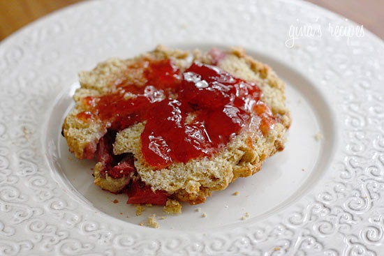 Low Fat Strawberry Scones | Skinnytaste