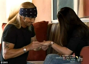 bret-michaels-engaged-with-girlfriends-kristi-gibson-video