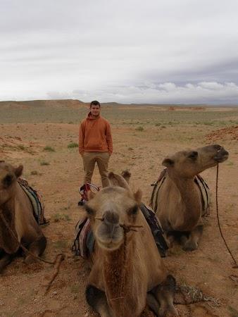 Obiective turistice Mongolia: prin desertul mongol