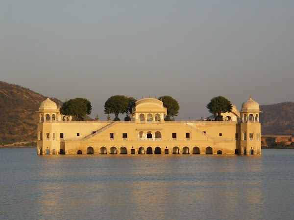 Obiective turistice India: Water Palace Jaipur