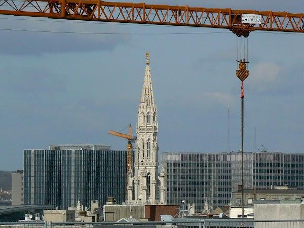 Obiective turistice Belgia: turnul Primariei din Bruxelles